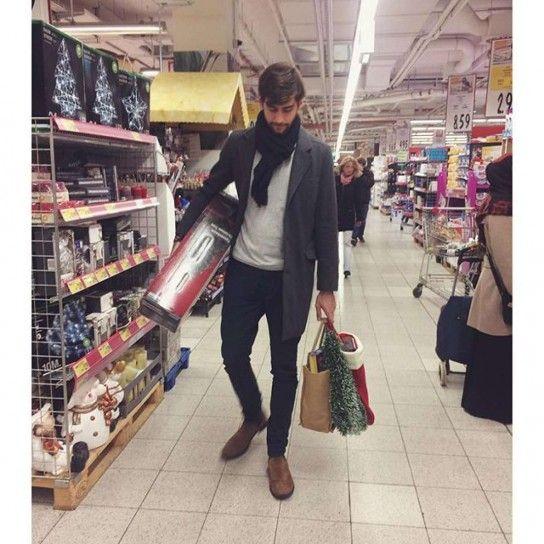 Alvaro Soler fa la spesa