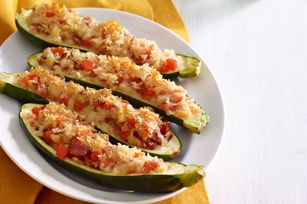 Stuffed zuchinni with bacon