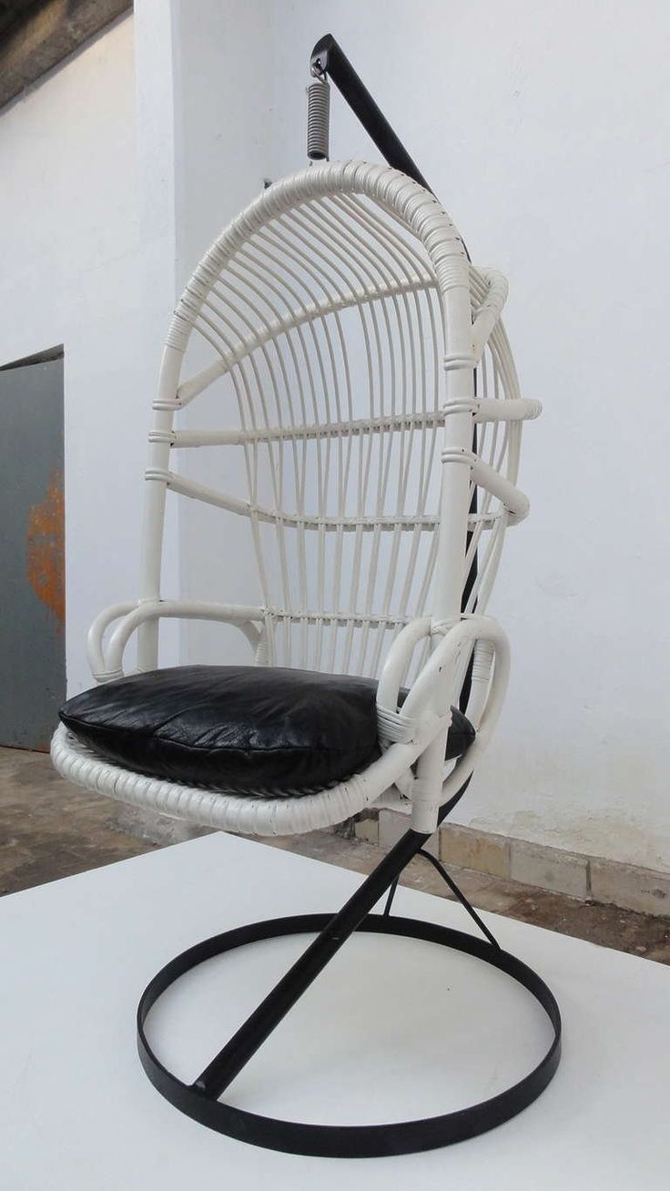 Iconic Sixties White Cane Parrot Hanging Chair With Metal Frame By Rohe Noordwolde The Netherlands 2
