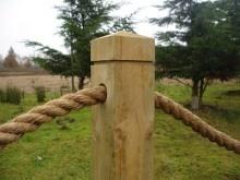 Rope handrail