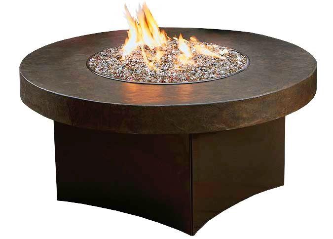 Foyer extérieur Savana Stone avec table de feu ronde au gaz propane