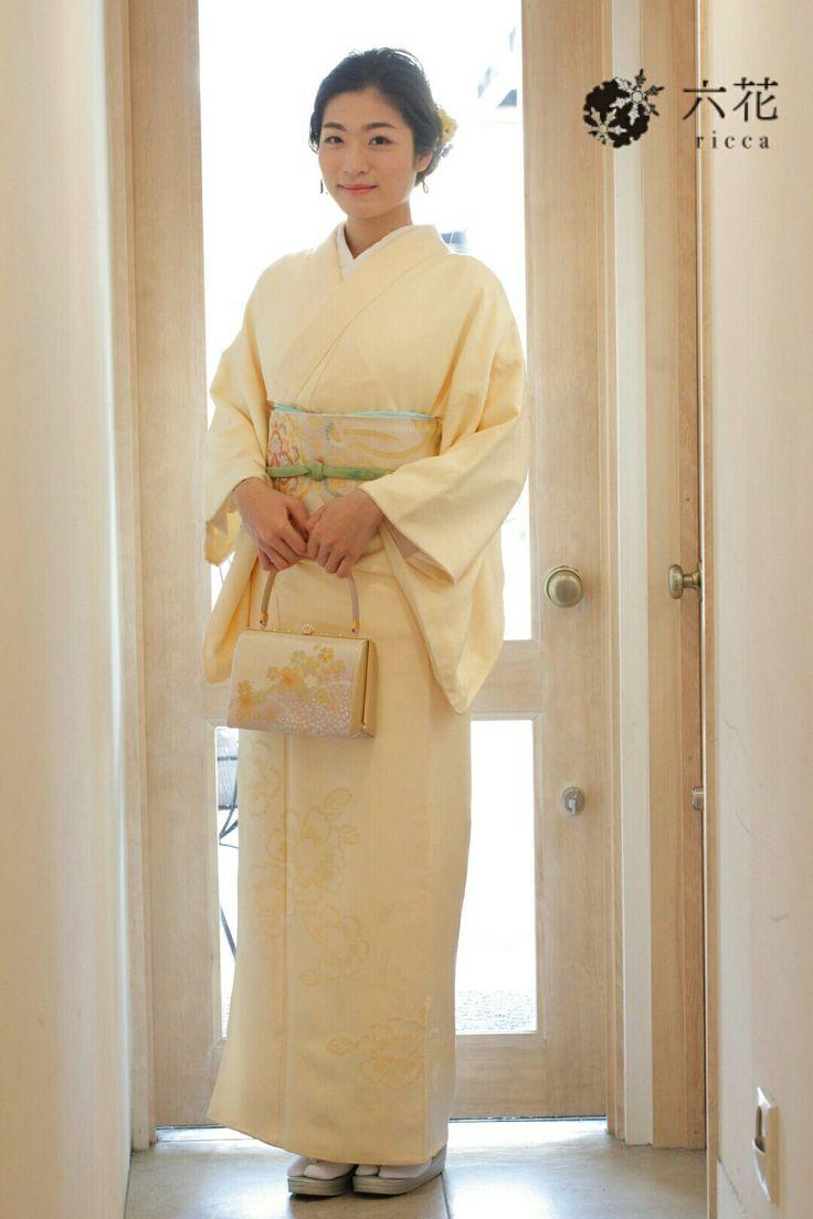 訪問着 結婚式・パーティーなど 上品なクリーム色の訪問着 着付け・ヘアセット