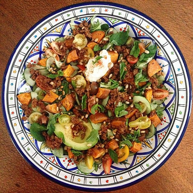 """#iqs8wp Lebanese spiced lamb with sweet potato ""fattoush"". I turned mine into one big salad, and it was amazing. {lamb mince, avo, natural yoghurt,…"""