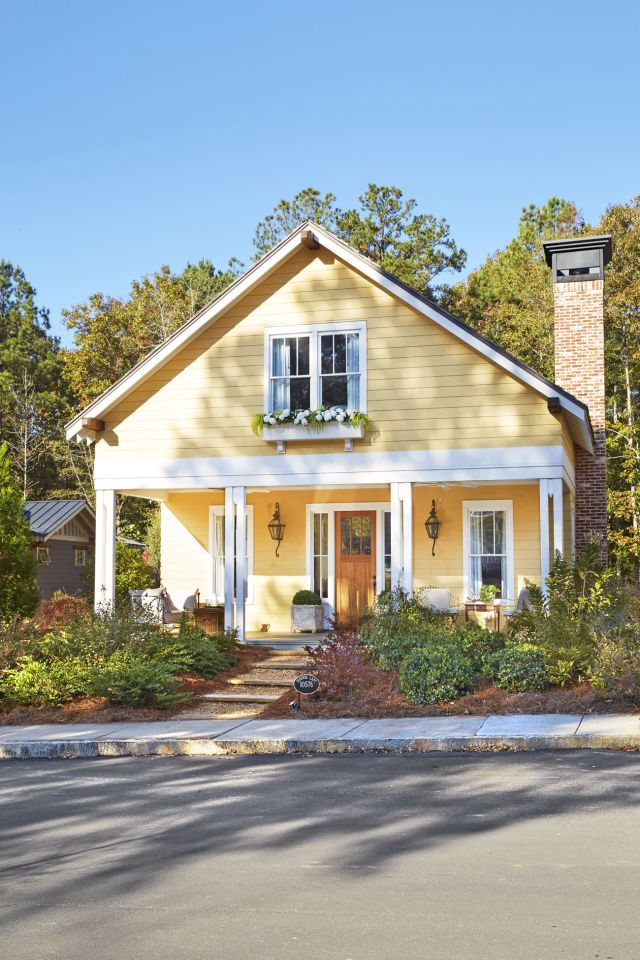 50 Curb Appeal Secrets That Will Add Major Charm To Your Home Blueberry Bushes Regional And