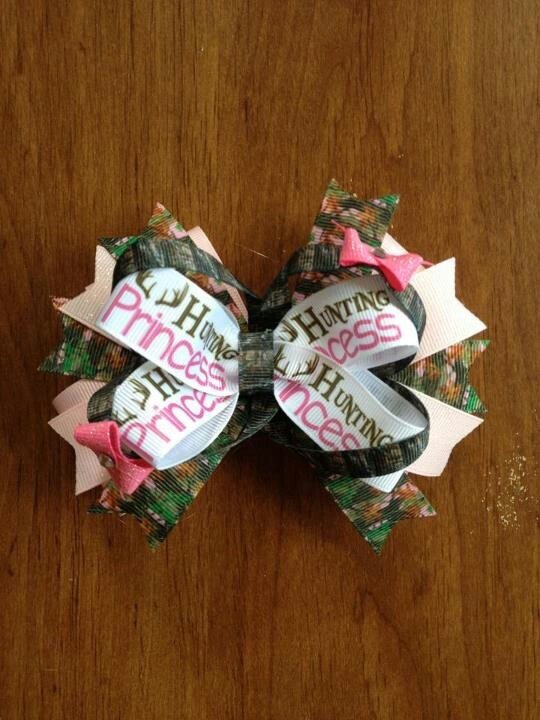 Pink & Camo Bow