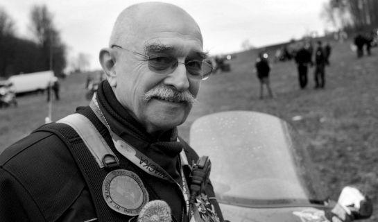 Po długiej i ciężkiej chorobie w Chicago zmarł komandor Motocyklowych Rajdów Katyńskich Wiktor Węgrzyn – był ich pomysłodawcą oraz organizatorem.