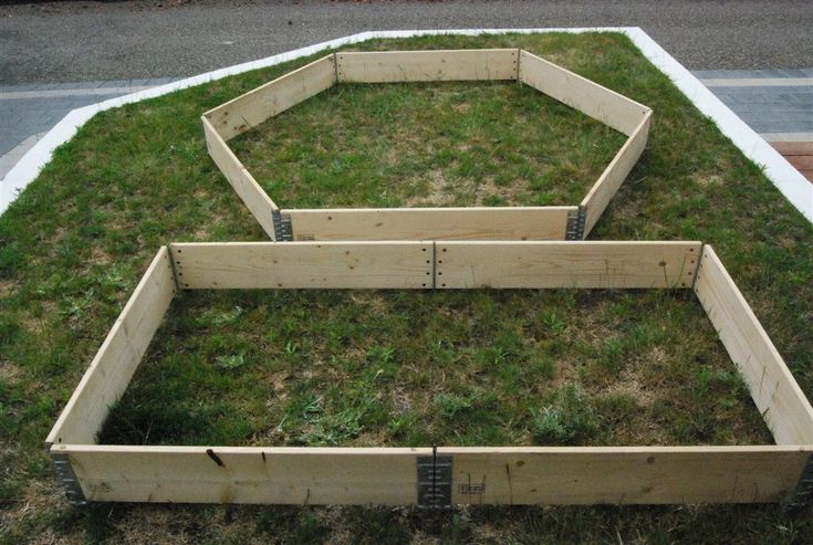 raised landscaping beds from pallets | Garden Collars - super affordable modular Raised Garden Beds!