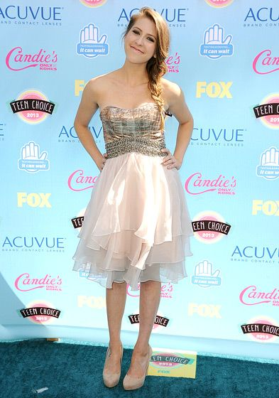 Eden Sher The Middle star wore a flowy pale pink dress.