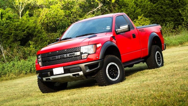 Do you like Ford's SVT Raptor pickup but feel that the available Supercab or four-door body styles might just set off your agoraphobia? If so, have a look at today's Nice Price or Crack Pipe Roush Standard Cab. Of course it's price might have you staying indoors too.