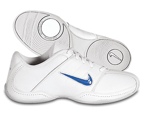 Nike Sideline Cheer shoe - Youth $21.97, Adult $25.97 - Item #S804