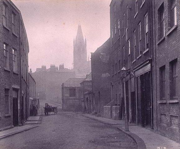Dublin in the rare old times. St Augustine Steet from the quays, 14 Jan 1891.