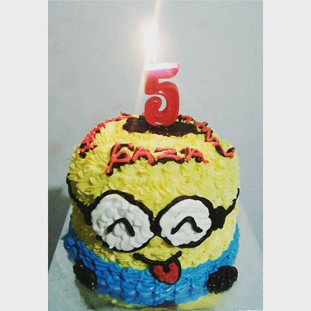 Gaza-chan 👦, お誕生日おめでとう🎂🎉😙 #birthday  #Gaza #minions #cake #foodporn #samsung