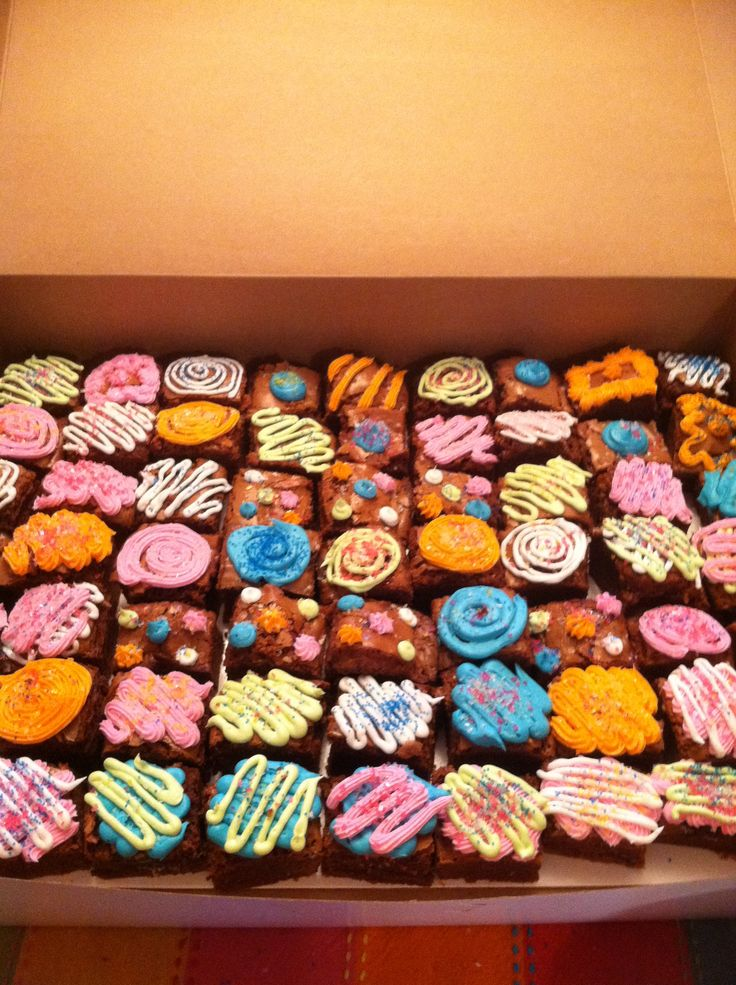 Decorated Brownies Cuppy Cakes Pinterest Brownies