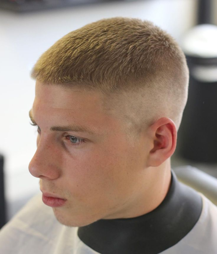 haircuts 16 best 15 haircuts hairstyles for with thick hair 1128