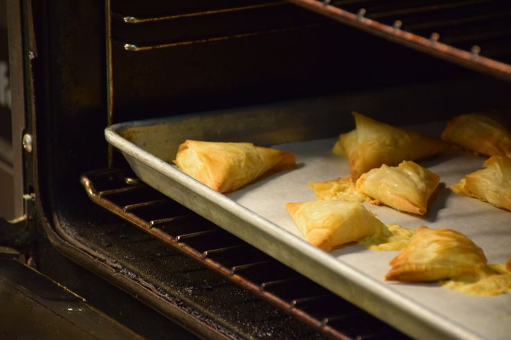 Cheesy Triangle Bites http://www.hockley.com/cheesy-triangle-bites-2/