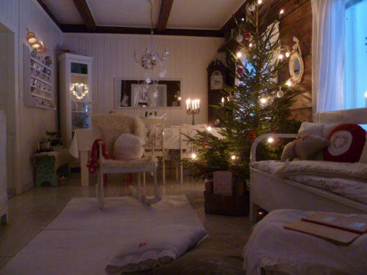 2 - Рождественские фотографии от красные дома в стране Punainen тало маалля, как видно на блоге Oaxacaborn