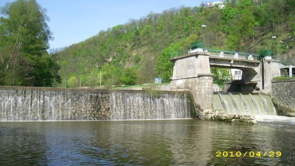 Svratecký náhon - torzo mostu (2010)