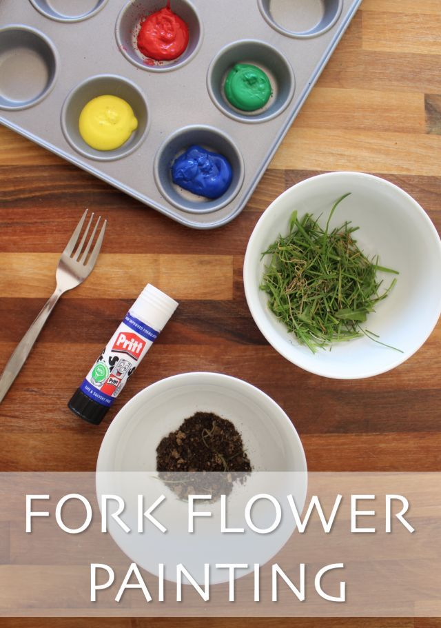 Fork flower painting, tulip painting with grass and mud. Garden activitiy. Toddler messy and sensory play. www.lifeunexpected.co.uk A parenting and lifestyle blog.