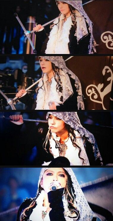 From L'Arc~en~Ciel Live Kokuritsu 2014 DVD. Beatufiul Hyde-san!!