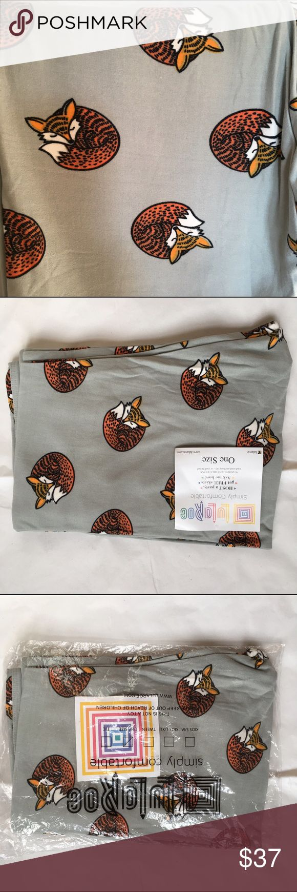 BNWT OS Lularoe Gray with Foxes Leggings UNICORN *Brand new with Tag and Bag Soft & Comfortable LuLaRoe Tall & Curvy Leggings* *Only Taken Out to Take Pictures* Lularoe leggings are buttery soft, and they stay just like that if you wash per Lularoe instructions. The fabric stretches without becoming thin or showing the fabrics stretch lines, as you see with other brands. I unfortunately have to sell all of my Lularoe clothes that I have not worn due to losing my job.Look at my other…
