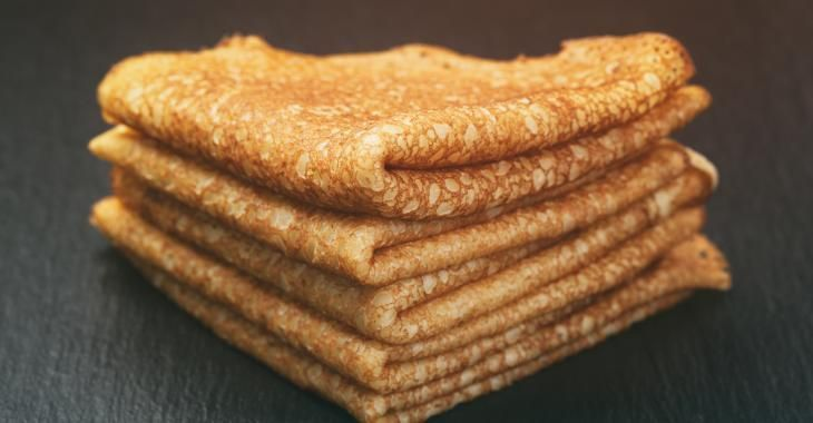 Une pâte à crêpe sans lait et sans sucre complètement débile