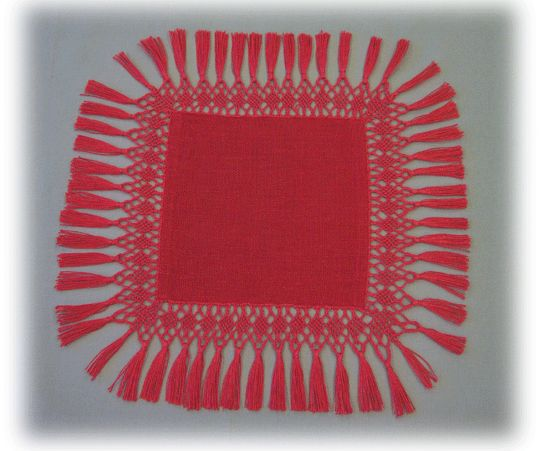 Finnish ancient knotting method called Fransu. In previous days made as edges for bed sheets as marriage gifts by wife-to-bees to her new home. Later also for beadspreads, curtains, table cloths etc. Material tightly twined linen thread | FRANSUJEN MALLEJA
