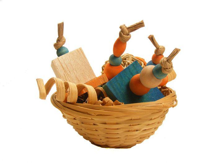The Spunky Parrot - Boca Bowl #birdtoy  (http://www.spunkyparrot.ca/toys/boca-bowl/)