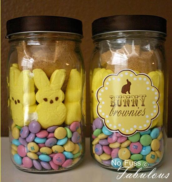 Bunny Brownies in a Jar & Printable - great DIY Easter gift.