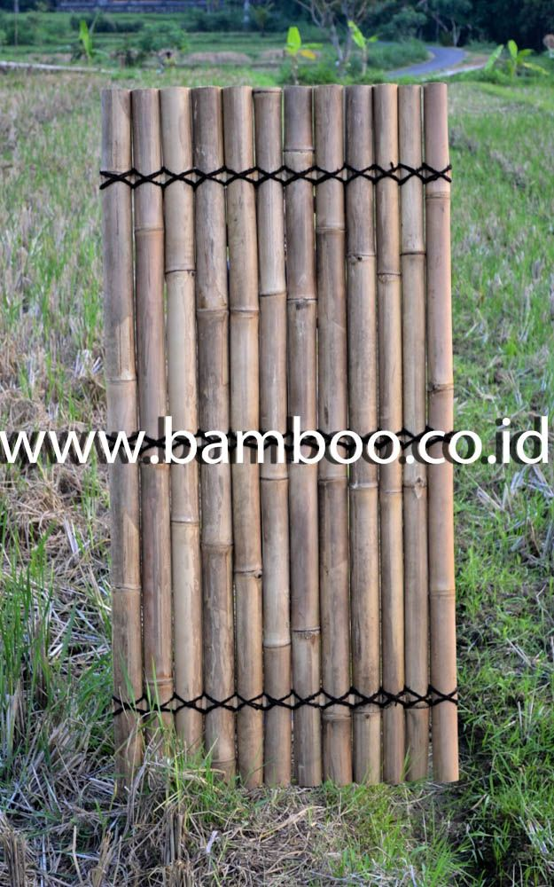 Natural half bamboo fence with 3 back slats and black  coco rope