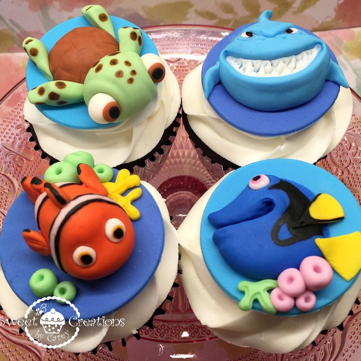 Fondant Finding Nemo and Finding Dory Cupcake toppers