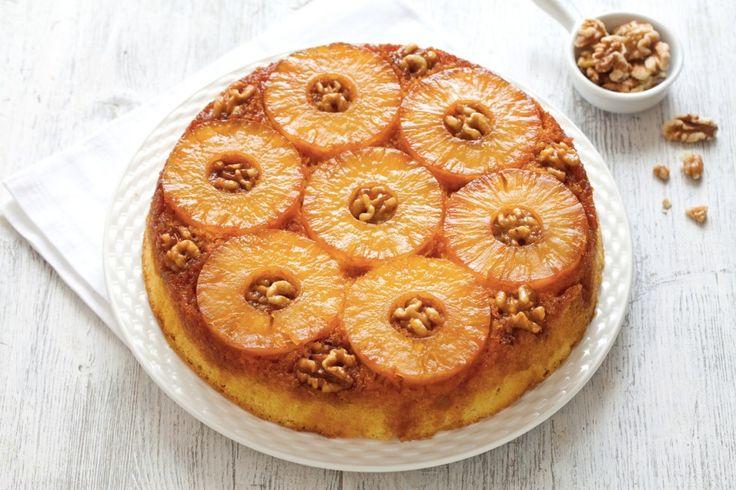 Torta upside down all'ananas, o torta rovesciata, un dolce soffice per colazione o merenda. Prova la ricetta del Cucchiaio d'Argento!