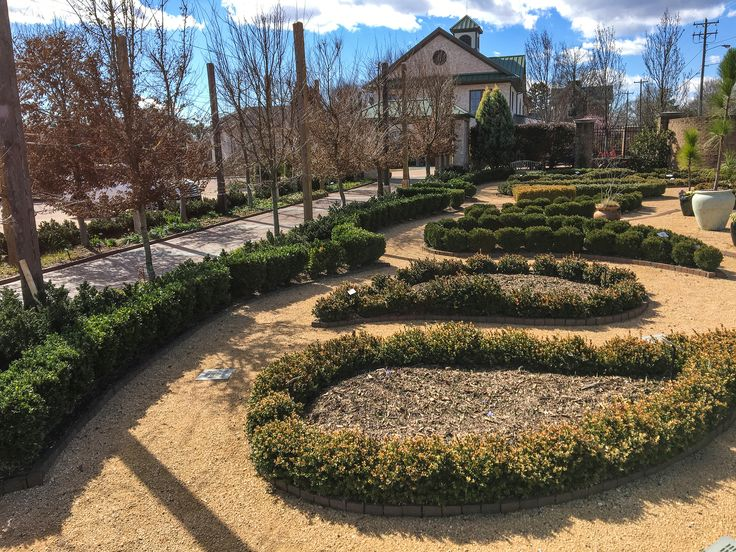 The Paisley Pattern Garden At Ciener Botanical Gardens Uses Clay Pavers To  Create An Amazing Classical Part 53