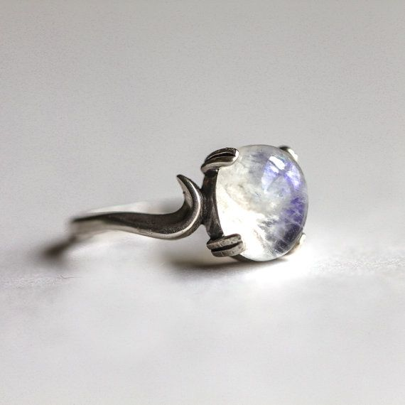 Sterling Silver Moonstone Ring by TobesOutpost on Etsy, $55.00