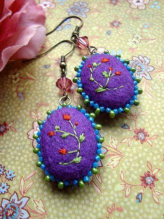 Felt earrings Miss Lilabury by filzgood