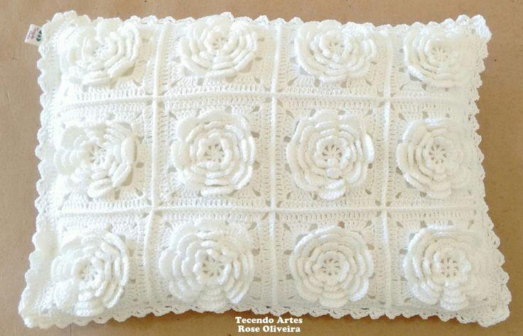 Tecendo Artes em Crochet: Almofada Flores Brancas!