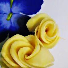 https://facebook.com/Una-Bruja-en-el-Desvan-749822558496828/ ARTE COMESTIBLE - flores de patata - delicatessen