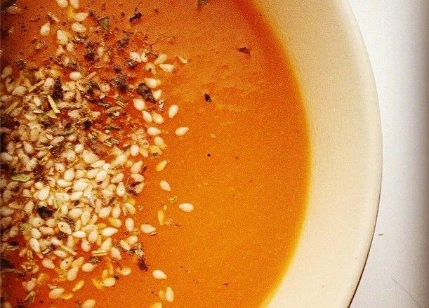 Прекрасный согревающий осенний суп-пюре из тыквы. Осенью хочется чего-то теплого…
