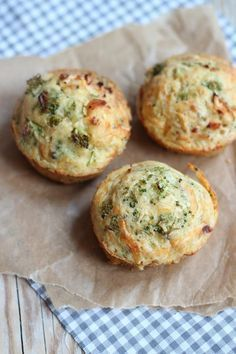 Hartige muffins met broccoli en kip
