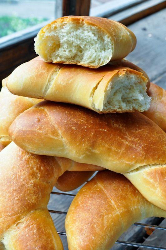 """Все утро воскресенья я вспоминал хлебный отдел Гастронома №8, что на улице Ушинского, города Новокузнецка существовавшего в советское время. """"Какой там был хлеб,…"""