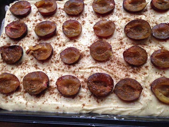 Kaldeneker.hu - Szilvás-mézeskalácsos pite