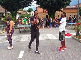 A Vogogna la Festa di Benvenuto ad i migranti. Video - Ossola 24 notizie