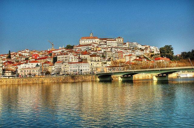 La prossima tappa del nostro viaggio è Coimbra, città in cui tradizione e mode…