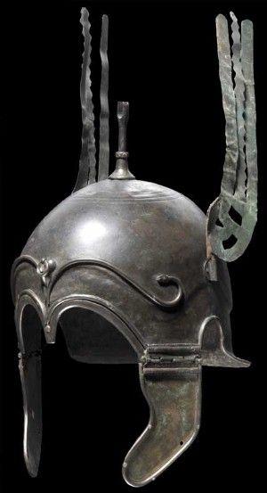 Casco calcídico de bronce usado por los antiguos guerreros griegos (s. IV-V a.C.) #Historia