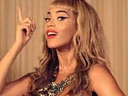 beyonce why dont you love me  best song ever best makeup and hair omfg love this!