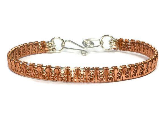 Pequeña muñeca de plata y pulsera de cobre, alambre la joyería envuelta, regalo para la esposa, mejor amiga actual y minimalista la pulsera, el brazalete Metal mixto