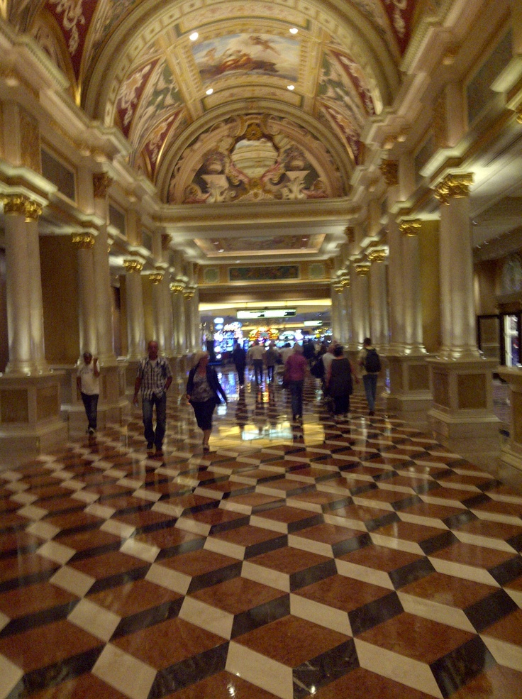 Famous lobby at The Venetian in Vegas...in route to amazing dinner at Sushi Samba! Read about it: http://southerngaming.com/?p=2110