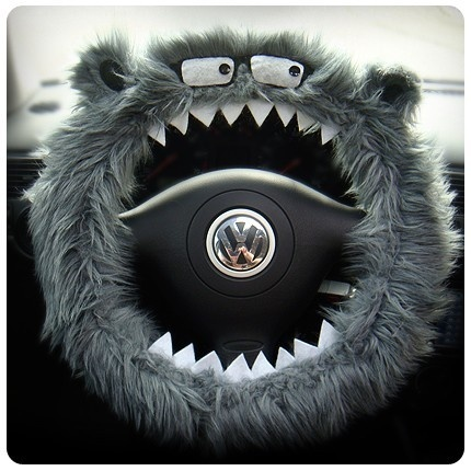 the Steering Wheel Buddie. I have found my favorite thing in the WHOLE WORLD. I WANT ITTTTT❤