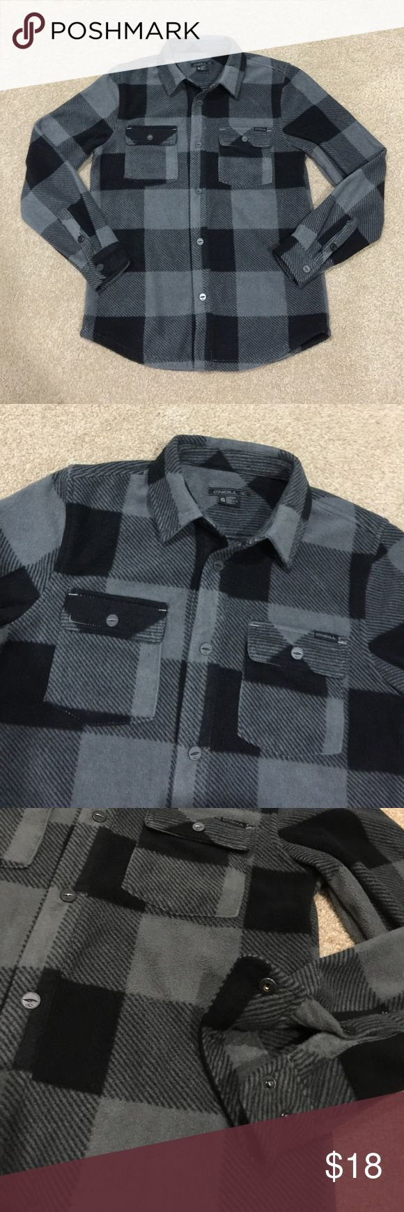 Boy's O'Neill Flannel Boy's black & gray O'Neill Flannel sweater. Size S, about a 7/8. Button snap front and wrists. Excellent hardly worn condition. No homes, rips, tears or stains. 20% off 3+ items in my closet. BUNDLE & SAVE!! O'Neill Shirts & Tops Sweaters