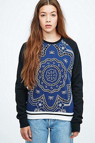 Native Rose Laser Hawaiian Floral Sweatshirt in Navy - Urban Outfitters