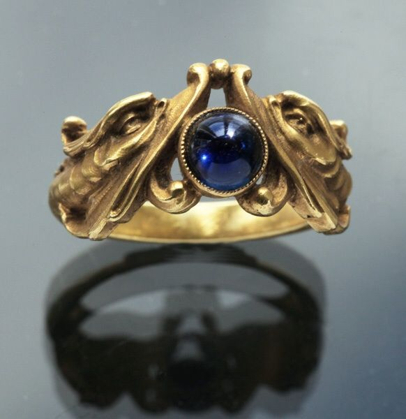 Gold sapphire art nouveau ring